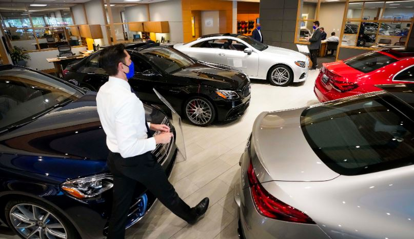 How Can Automotive Sales Stats Bolster Your Dealership?